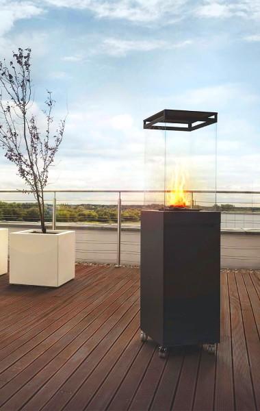 Skagen Outdoor Gaskamin auf der Terrasse